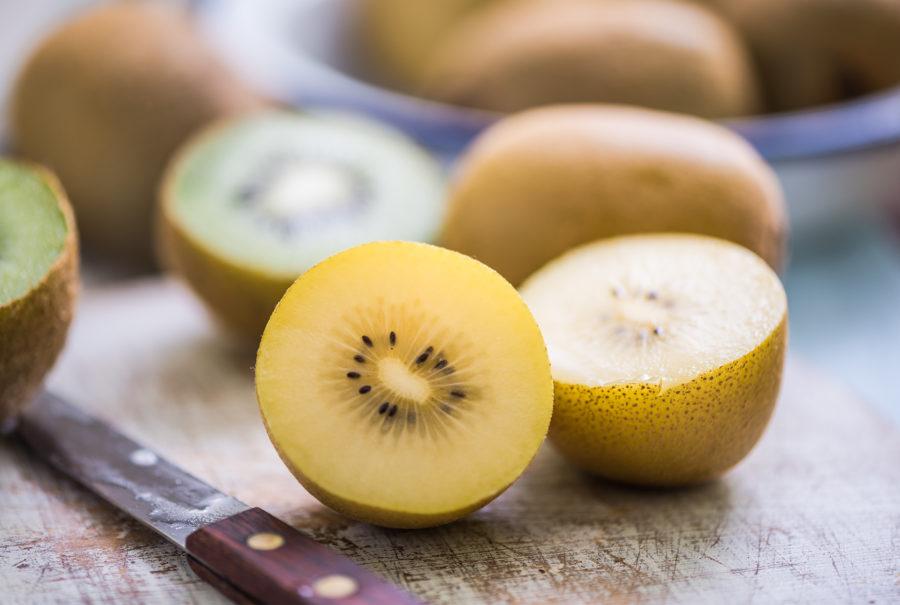 Kiwi golden   Flick on food